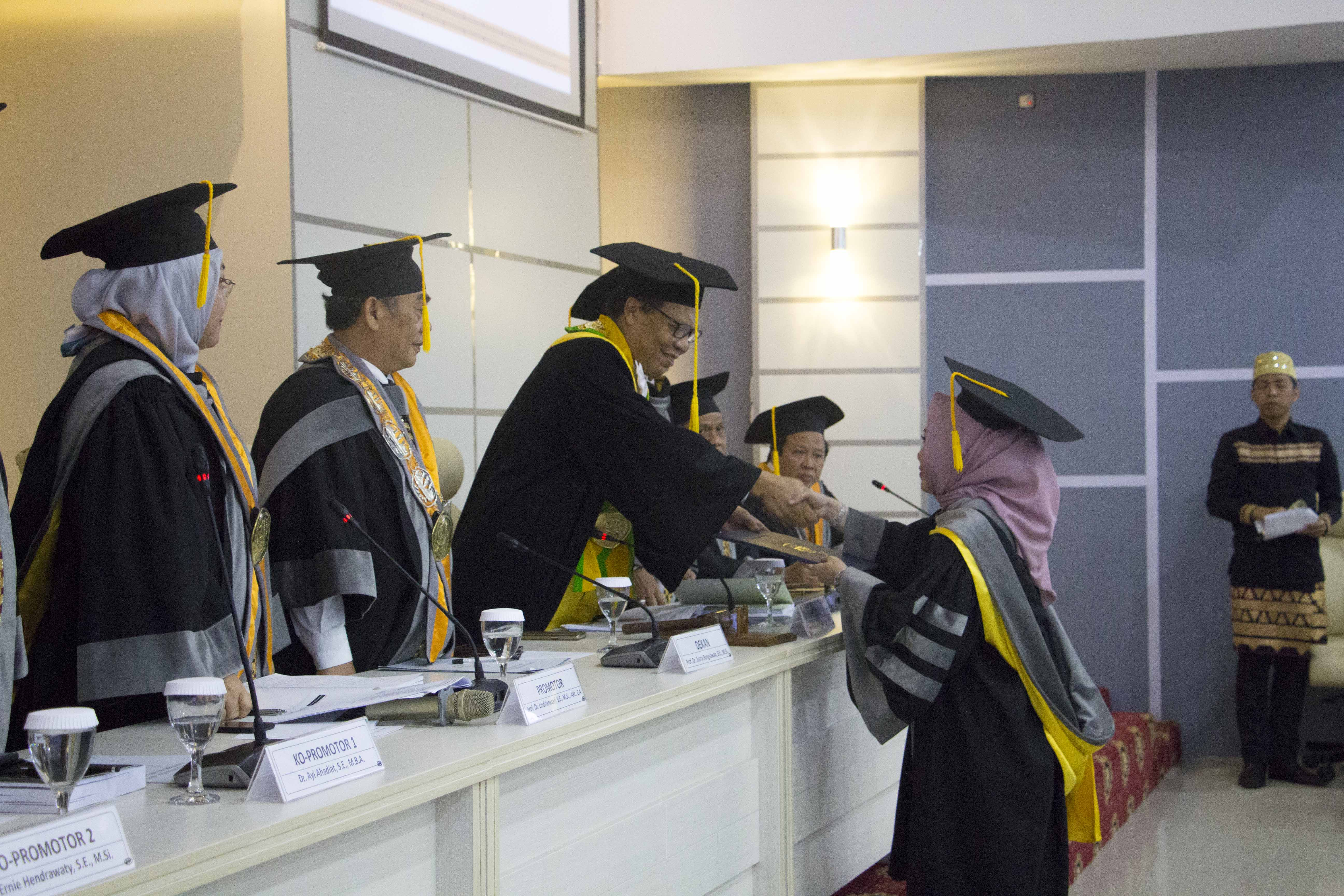 FEB Delivers First Doctor to Unila