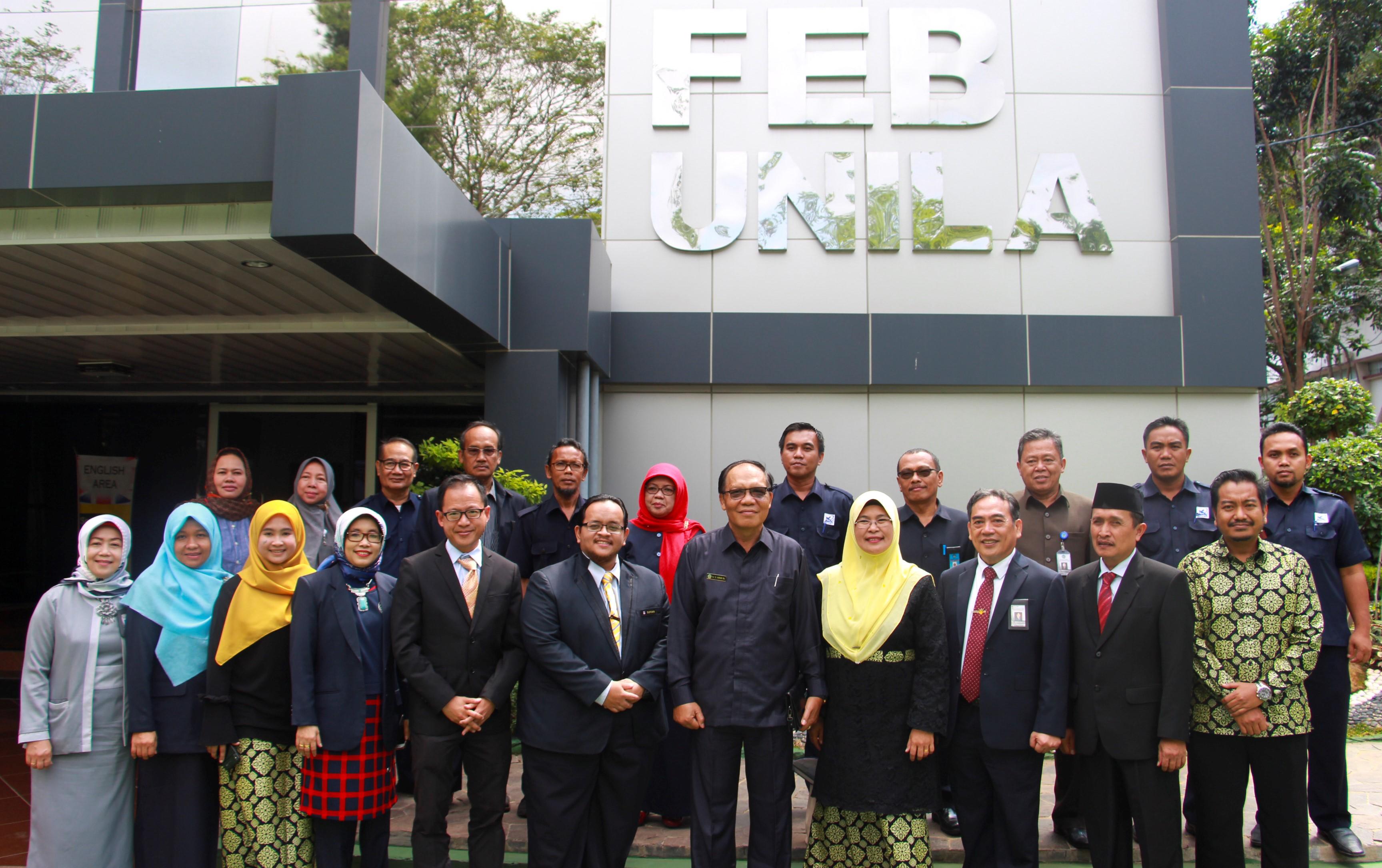 FEB Unila,  The University Technology MARA Malaysia Signs MoU